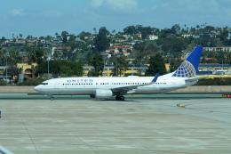 eagletさんが、サンディエゴ国際空港で撮影したユナイテッド航空 737-824の航空フォト(飛行機 写真・画像)