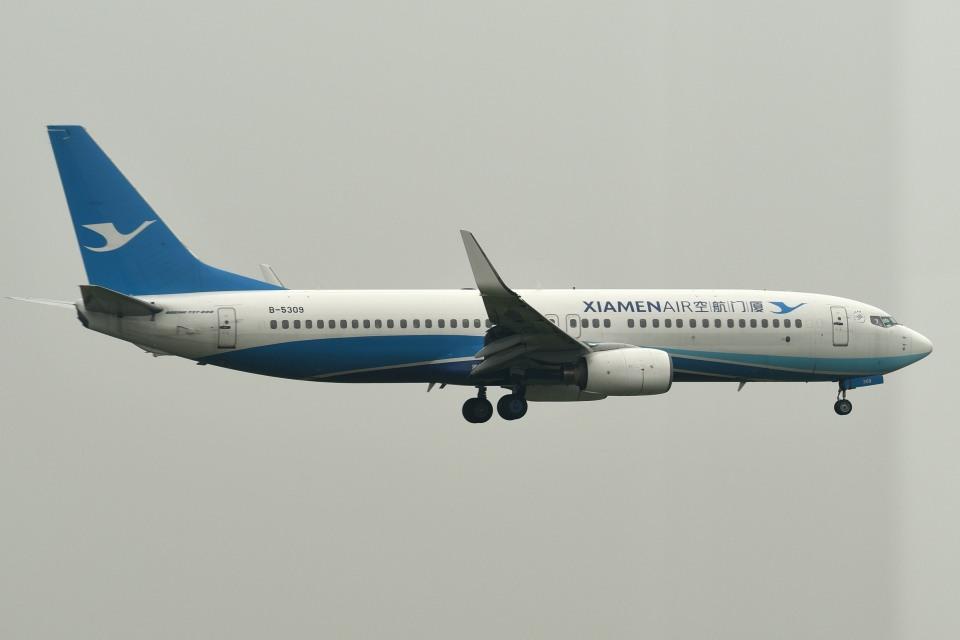 tsubasa0624さんの厦門航空 Boeing 737-800 (B-5309) 航空フォト