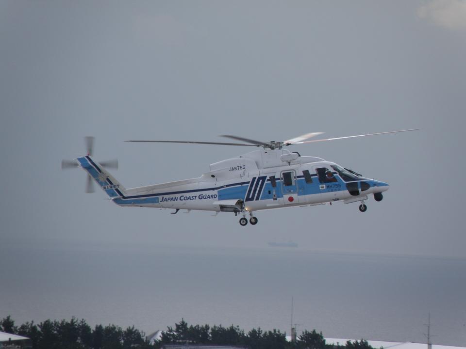 りんたろうさんの海上保安庁 Sikorsky S-76 (JA6755) 航空フォト