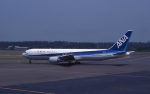 kumagorouさんが、仙台空港で撮影したワールドエアネットワーク 767-381/ERの航空フォト(飛行機 写真・画像)