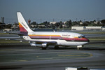 Gambardierさんが、ロサンゼルス国際空港で撮影したアメリカン航空 737-247の航空フォト(写真)