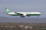 しんさんが、新千歳空港で撮影したエバー航空 777-35E/ERの航空フォト(写真)