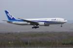 しんさんが、新千歳空港で撮影した全日空 777-281の航空フォト(写真)