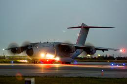 カヤノユウイチさんが、米子空港で撮影したイギリス空軍 A400Mの航空フォト(写真)