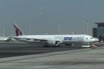 twinengineさんが、ドーハ国際空港で撮影したカタール航空 777-3DZ/ERの航空フォト(写真)