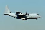 うめやしきさんが、厚木飛行場で撮影したアメリカ海兵隊 KC-130J Herculesの航空フォト(飛行機 写真・画像)