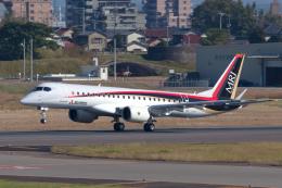 Scotchさんが、名古屋飛行場で撮影した三菱航空機 MRJ90STDの航空フォト(飛行機 写真・画像)