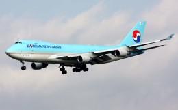 VICTER8929さんが、成田国際空港で撮影した大韓航空 747-4B5F/SCDの航空フォト(飛行機 写真・画像)
