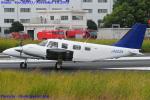 Chofu Spotter Ariaさんが、八尾空港で撮影した大阪航空 PA-34-220T Seneca Vの航空フォト(飛行機 写真・画像)