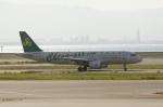 しんさんが、関西国際空港で撮影した春秋航空 A320-214の航空フォト(写真)