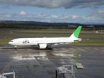 りんたろうさんが、新千歳空港で撮影した日本航空 777-246の航空フォト(写真)