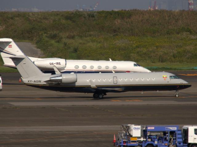 Mame @ TYOさんが、羽田空港で撮影したFMIエア CL-600-2B19 Regional Jet CRJ-100SEの航空フォト(飛行機 写真・画像)