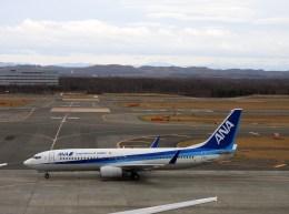 よんすけさんが、新千歳空港で撮影した全日空 737-881の航空フォト(飛行機 写真・画像)