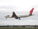 アイスコーヒーさんが、函館空港で撮影した日本航空 777-289の航空フォト(写真)