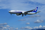 サボリーマンさんが、高知空港で撮影した全日空 767-381の航空フォト(写真)
