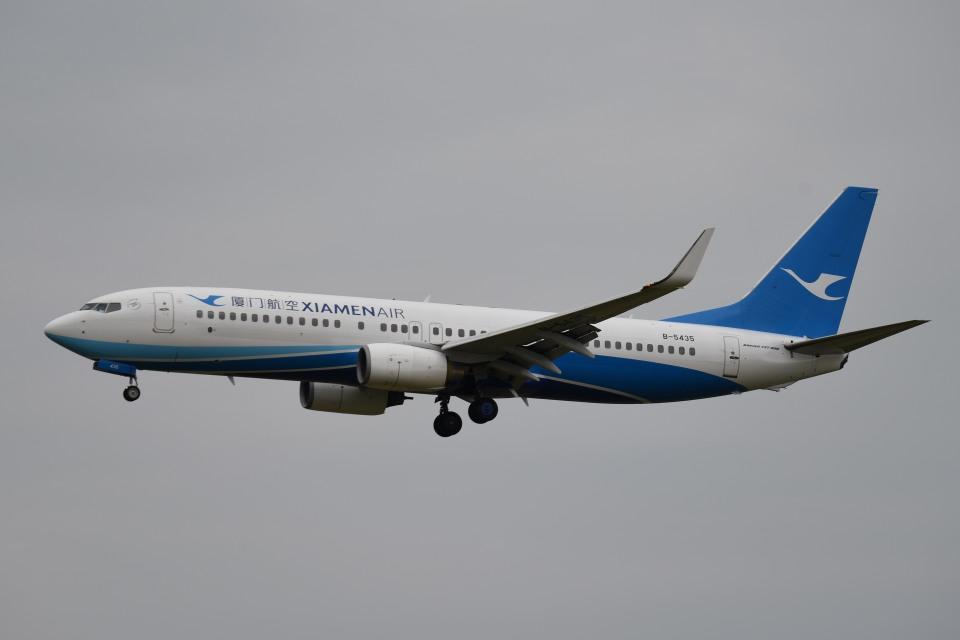 tsubasa0624さんの厦門航空 Boeing 737-800 (B-5435) 航空フォト