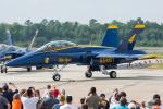 Tomo-Papaさんが、オシアナ海軍航空基地アポロソーセックフィールドで撮影したアメリカ海軍 F/A-18B Hornetの航空フォト(写真)