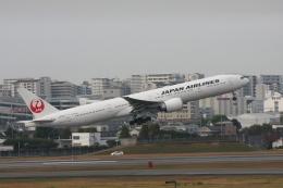 森太郎さんが、伊丹空港で撮影した日本航空 777-346/ERの航空フォト(飛行機 写真・画像)
