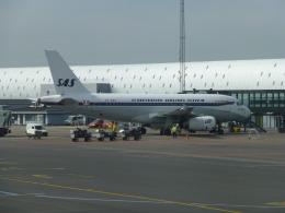 TRIPworldさんが、コペンハーゲン国際空港で撮影したスカンジナビア航空 A319-132の航空フォト(飛行機 写真・画像)
