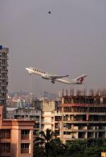 チャトラパティー・シヴァージー国際空港 - Chhatrapati Shivaji International Airport [BOM/VABB]で撮影されたカタール航空カーゴ - Qatar Airways Cargo [QAC]の航空機写真