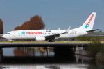 kinsanさんが、アムステルダム・スキポール国際空港で撮影したコレンドン・ダッチ・エアラインズ 737-8K2の航空フォト(写真)