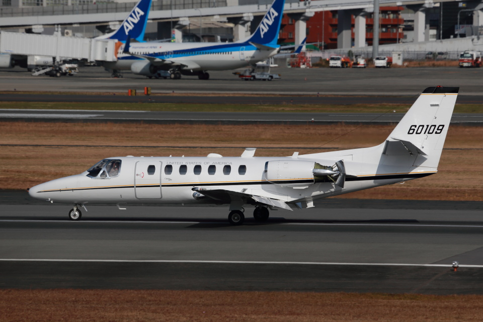 T.Sazenさんのアメリカ海軍 Cessna 560 Citation V/Ultra/Encore (60109) 航空フォト