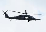 じーく。さんが、嘉手納飛行場で撮影したアメリカ空軍 S-70 (H-60 Black Hawk/Seahawk)の航空フォト(飛行機 写真・画像)