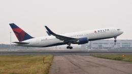 2wmさんが、台湾桃園国際空港で撮影したデルタ航空 767-332/ERの航空フォト(写真)