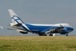 バーバ父さんが、パリ シャルル・ド・ゴール国際空港で撮影したエアブリッジ・カーゴ・エアラインズ 747-4KZF/SCDの航空フォト(写真)