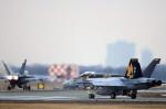 take_2014さんが、厚木基地で撮影したアメリカ海軍 F/A-18E Super Hornetの航空フォト(写真)