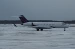 北の熊さんが、新千歳空港で撮影したウェルズ・ファーゴ・バンク・ノースウェスト BD-700-1A10 Global 6000の航空フォト(写真)