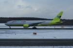 北の熊さんが、新千歳空港で撮影したジンエアー 777-2B5/ERの航空フォト(写真)