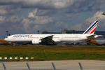 りんたろうさんが、成田国際空港で撮影したエールフランス航空 777-328/ERの航空フォト(写真)