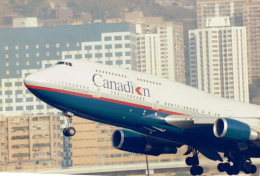 JA8037さんが、啓徳空港で撮影したカナディアン航空 747-475の航空フォト(飛行機 写真・画像)
