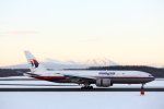 ATOMさんが、新千歳空港で撮影したマレーシア航空 777-2H6/ERの航空フォト(飛行機 写真・画像)