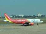シフォンさんが、タンソンニャット国際空港で撮影したベトジェットエア A320-214の航空フォト(飛行機 写真・画像)