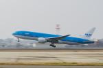 Dream Cabinさんが、福岡空港で撮影したKLMオランダ航空 777-206/ERの航空フォト(飛行機 写真・画像)