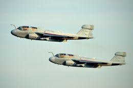 うめやしきさんが、厚木飛行場で撮影したアメリカ海兵隊 EA-6B Prowler (G-128)の航空フォト(飛行機 写真・画像)