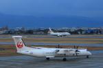 サボリーマンさんが、松山空港で撮影した日本エアコミューター DHC-8-402Q Dash 8の航空フォト(写真)