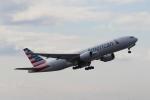 れえどんさんが、成田国際空港で撮影したアメリカン航空 777-223/ERの航空フォト(写真)