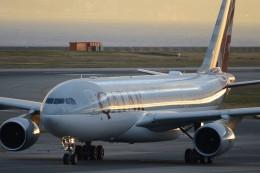 B747‐400さんが、関西国際空港で撮影したカタール航空 A330-202の航空フォト(飛行機 写真・画像)
