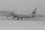 maruさんが、旭川空港で撮影したJALエクスプレス 737-846の航空フォト(写真)