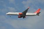 mitudon321さんが、スワンナプーム国際空港で撮影したロイヤル・フライト 757-28Aの航空フォト(写真)