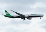 じーく。さんが、台湾桃園国際空港で撮影したエバー航空 777-35E/ERの航空フォト(飛行機 写真・画像)