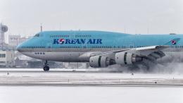tsuna72さんが、福岡空港で撮影した大韓航空 747-4B5の航空フォト(写真)