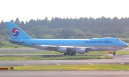 T.Kenさんが、成田国際空港で撮影した大韓航空 747-4B5F/SCDの航空フォト(飛行機 写真・画像)