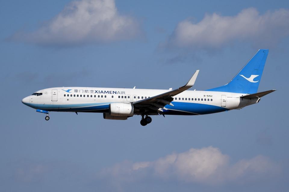 tsubasa0624さんの厦門航空 Boeing 737-800 (B-5152) 航空フォト