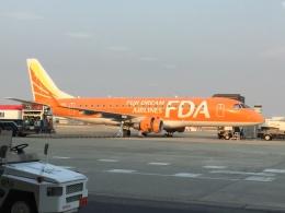 レフティーさんが、名古屋飛行場で撮影したフジドリームエアラインズ ERJ-170-200 (ERJ-175STD)の航空フォト(飛行機 写真・画像)