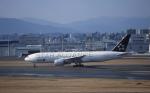 kumagorouさんが、福岡空港で撮影した全日空 777-281の航空フォト(飛行機 写真・画像)