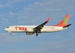 じーく。さんが、那覇空港で撮影したティーウェイ航空 737-8K5の航空フォト(飛行機 写真・画像)